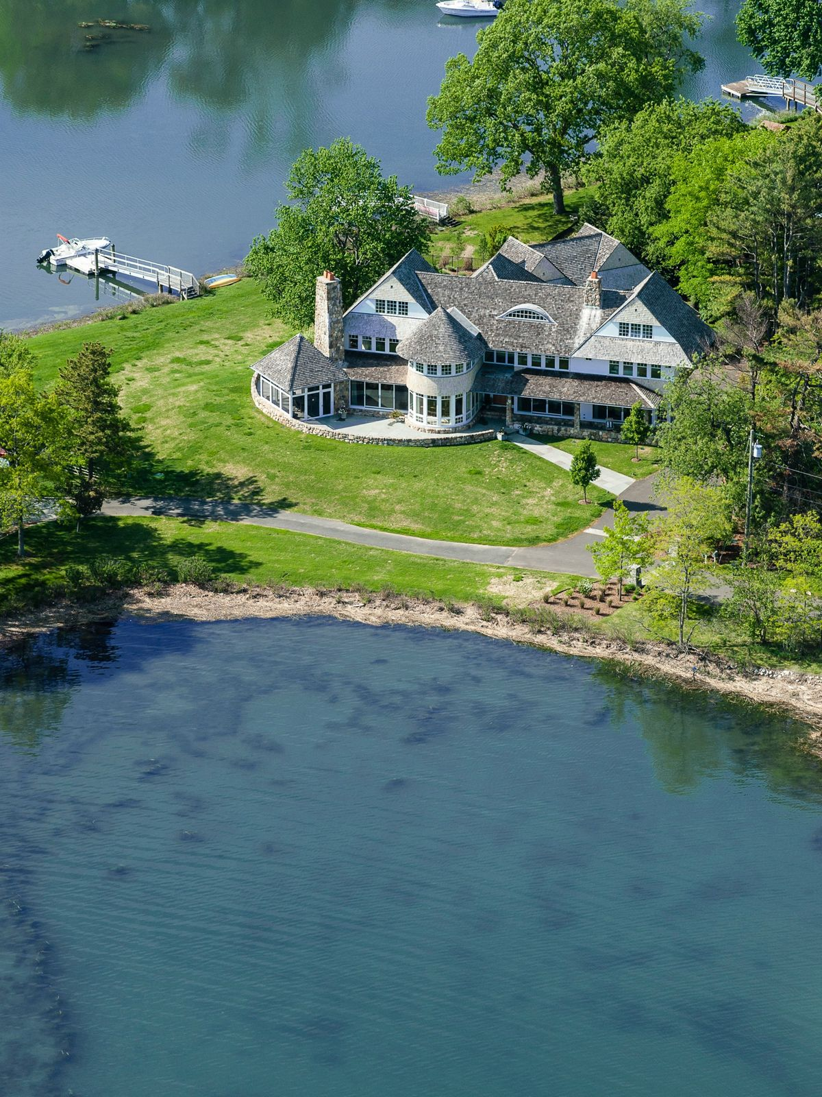 Waterfront Estate in Old Greenwich