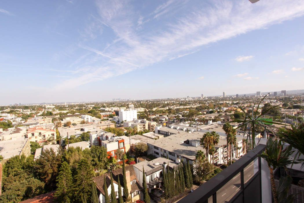 WeHo High Rise with Staggering Views