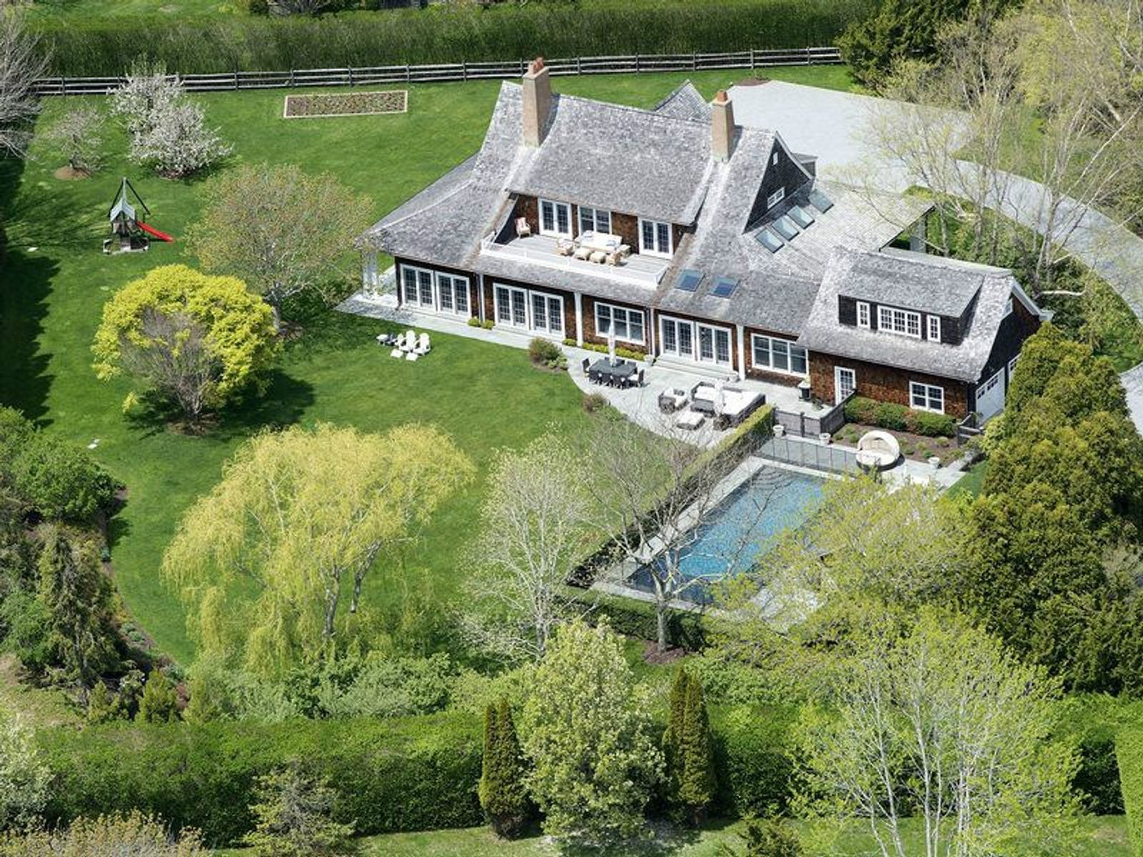 Exceptional Further Lane Home, East Hampton NY Single Family Home - Hamptons Real Estate