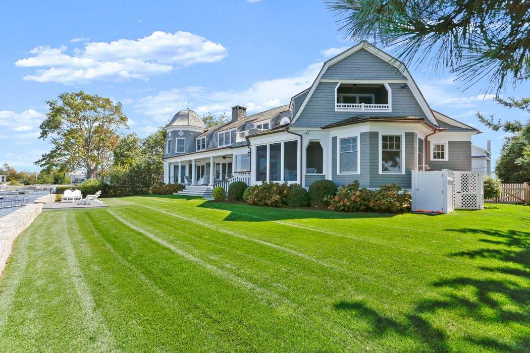 35 West Way Old Greenwich, CT 06870