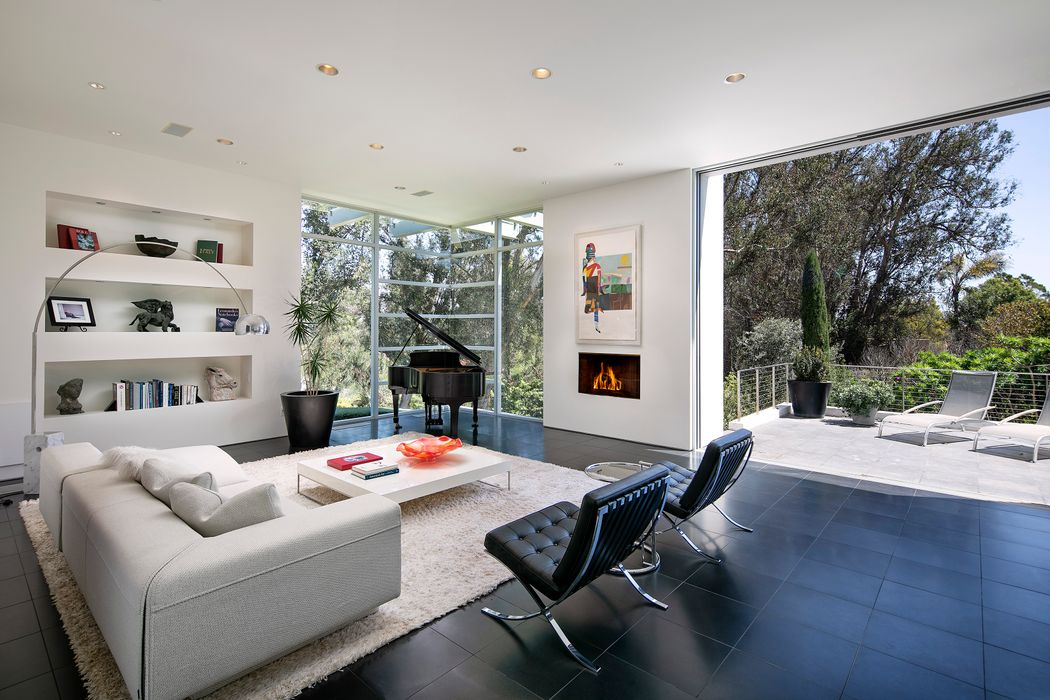 396 Woodley Road Montecito, CA 93108