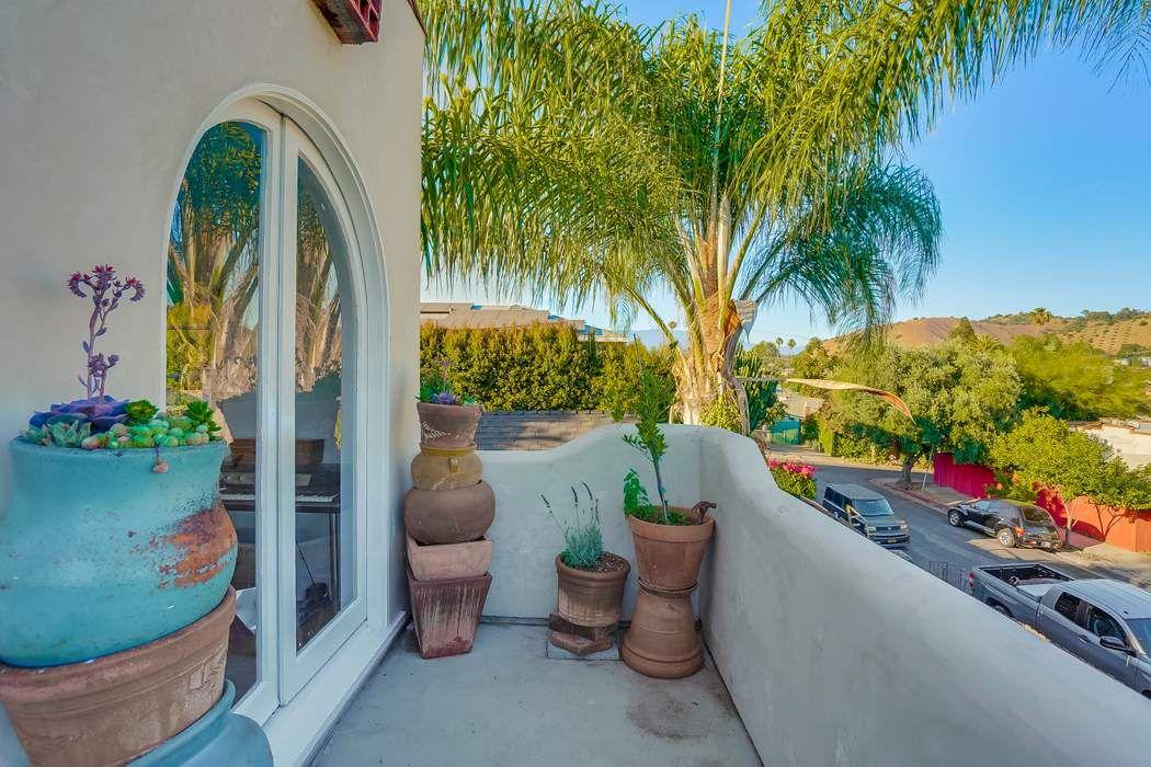 4121 & 4123 Shelburn Court Los Angeles, CA 90065