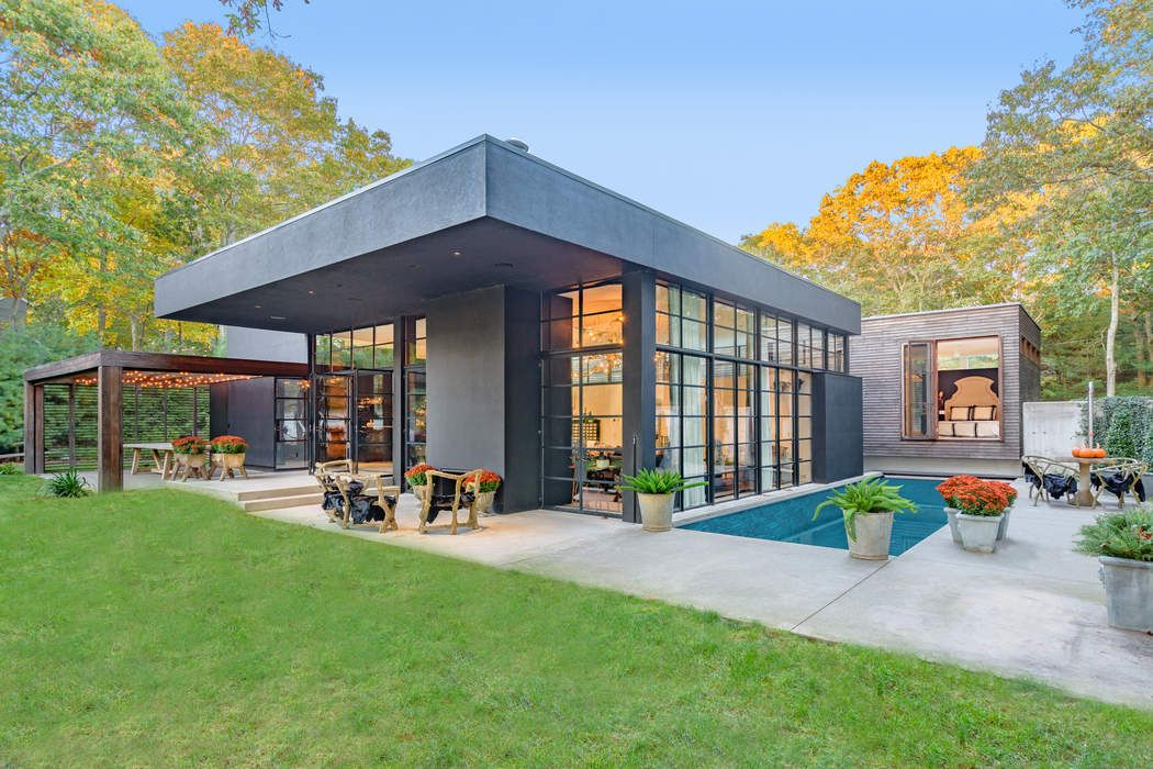 73 Laurel Lane Sag Harbor, NY 11963