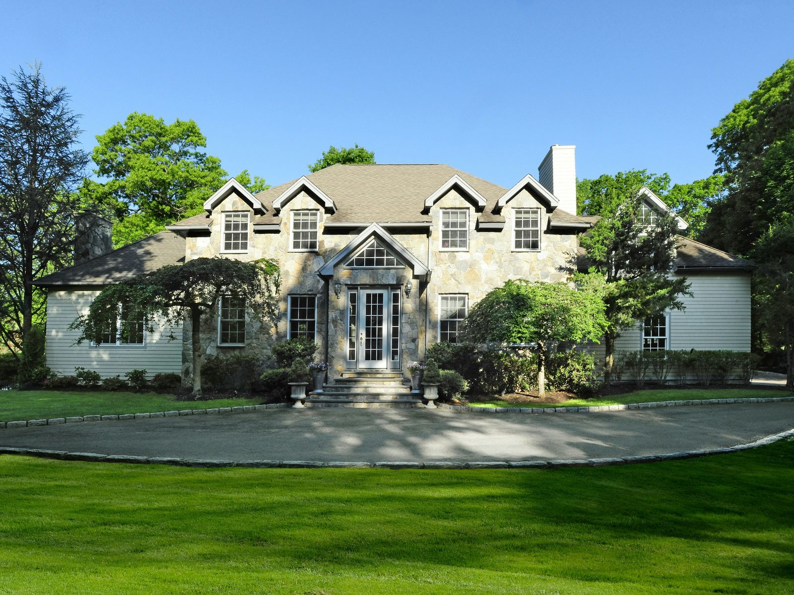 Secluded Country Compound, Cos Cob CT Single Family Home - Greenwich Real Estate