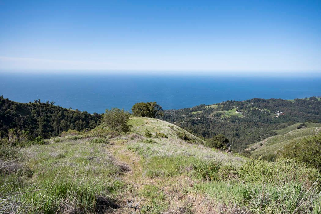 120 acres,  Big Sur Coast with views