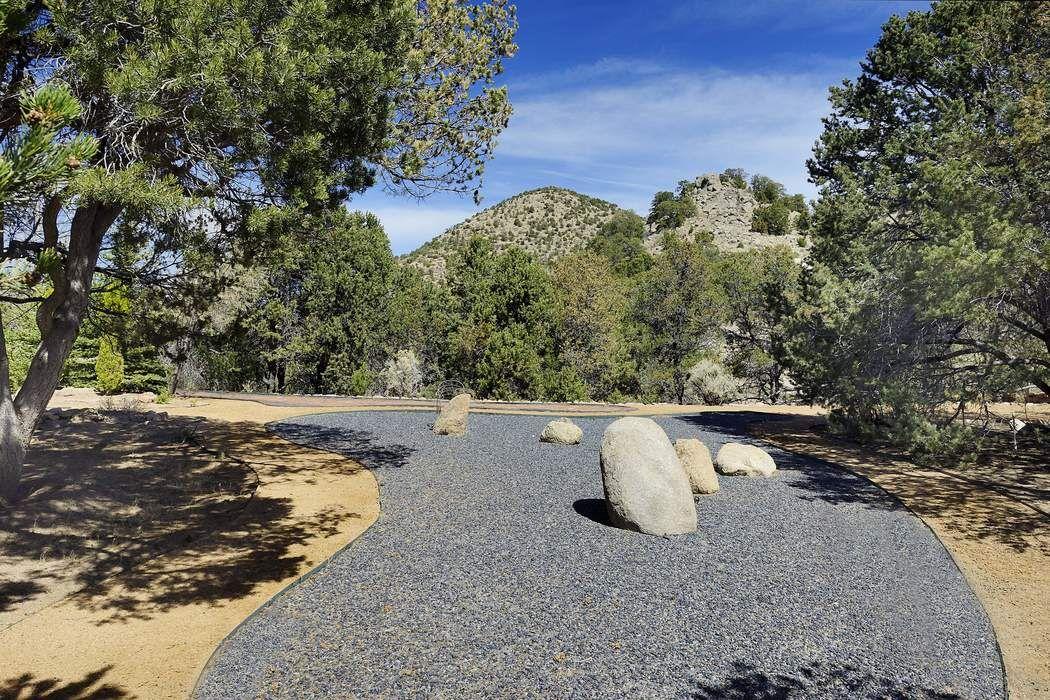 10 Altazano Drive Santa Fe, NM 87507
