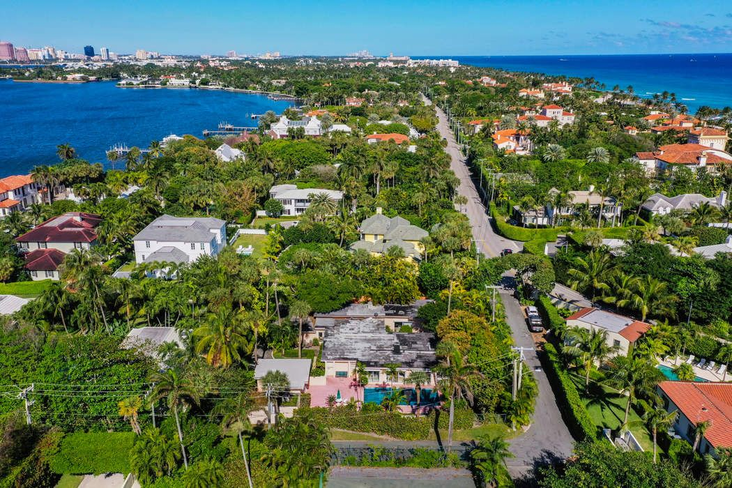 Land in the Estate Section Palm Beach, FL 33480