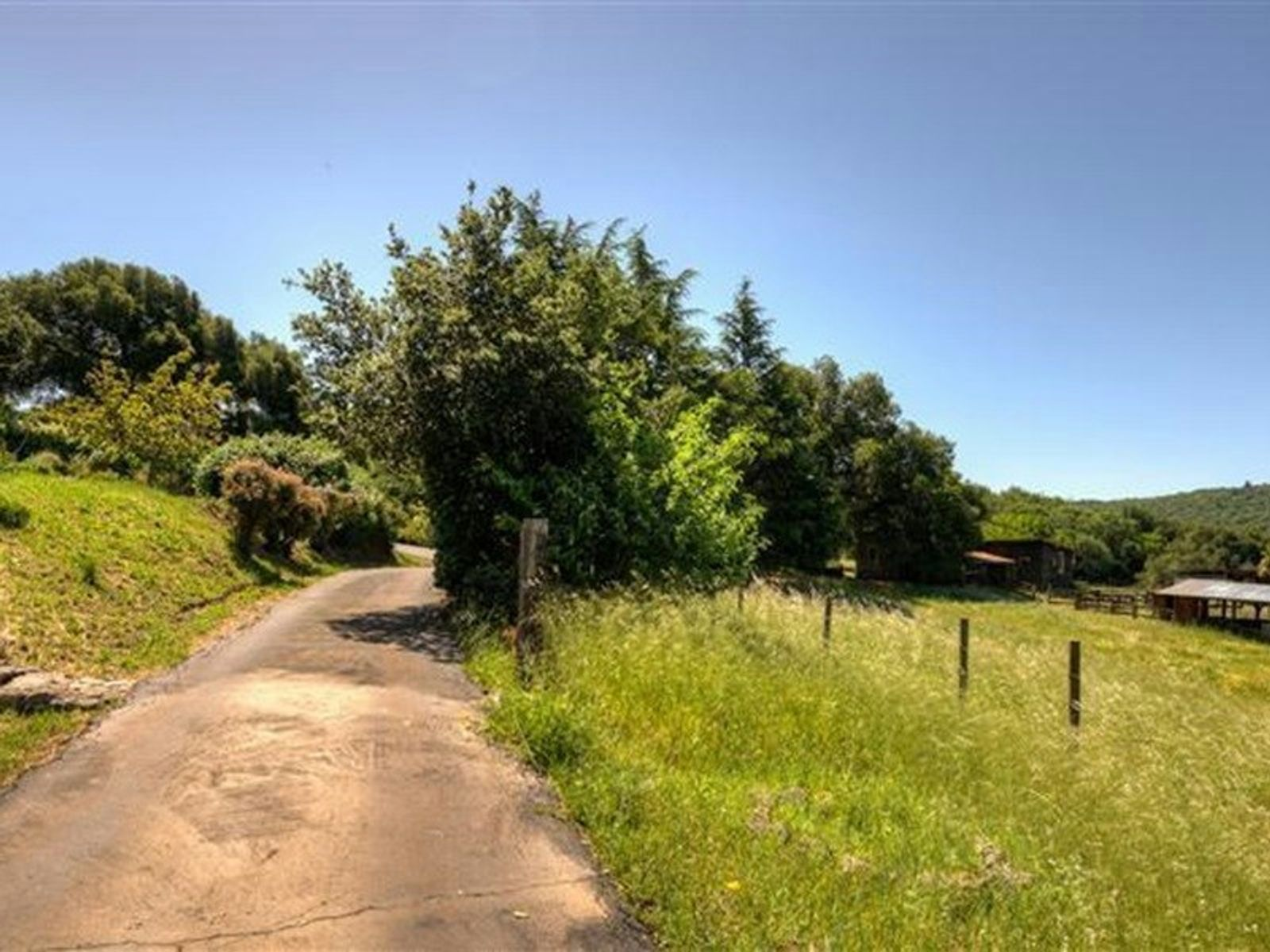 Exquisite Lovall Valley Loop Road