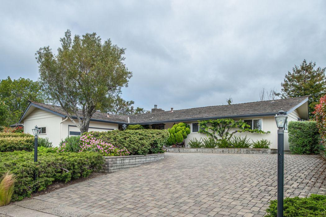 25519 Carmel Knolls Drive Carmel, CA 93923