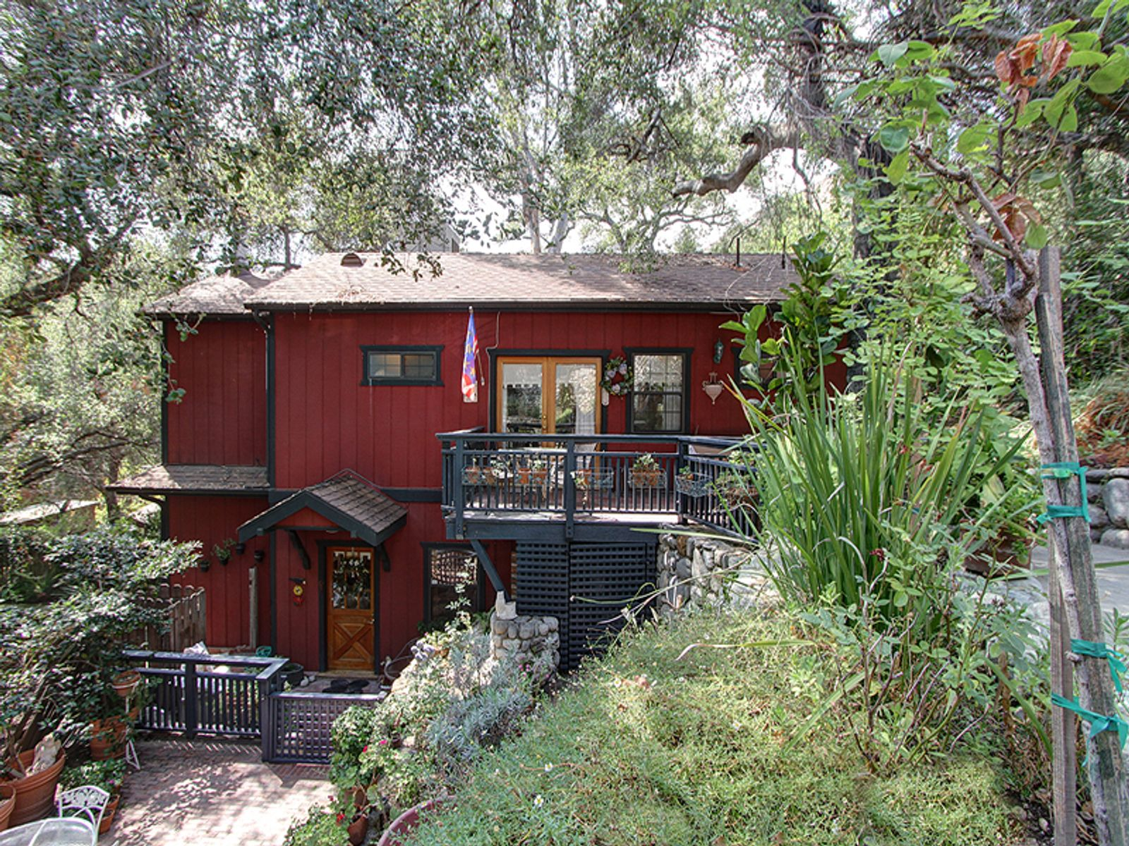 Enchanted Cottage, Sierra Madre CA Single Family Home - Pasadena Real Estate