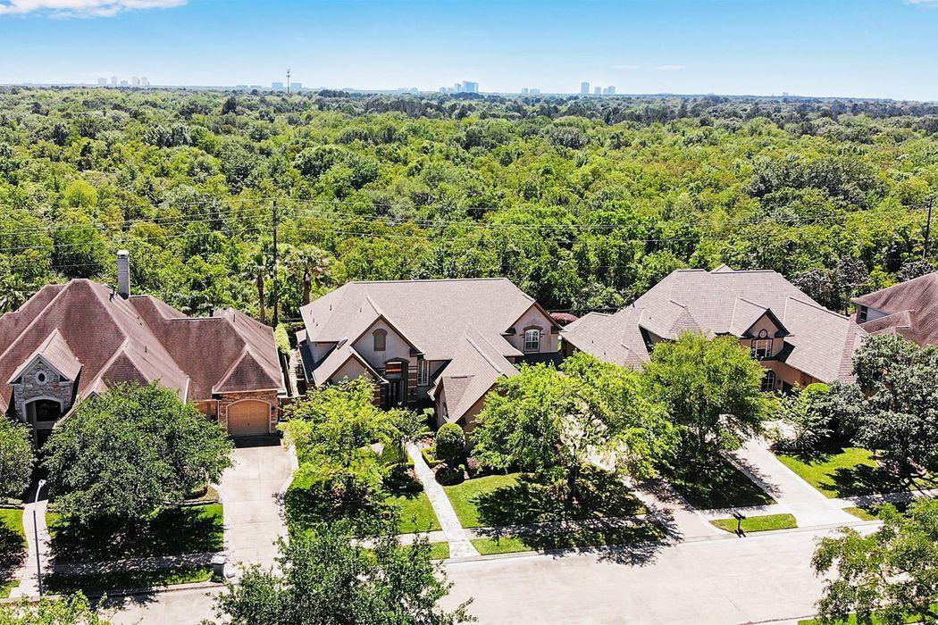 12531 Still Harbour Drive Houston, TX 77041