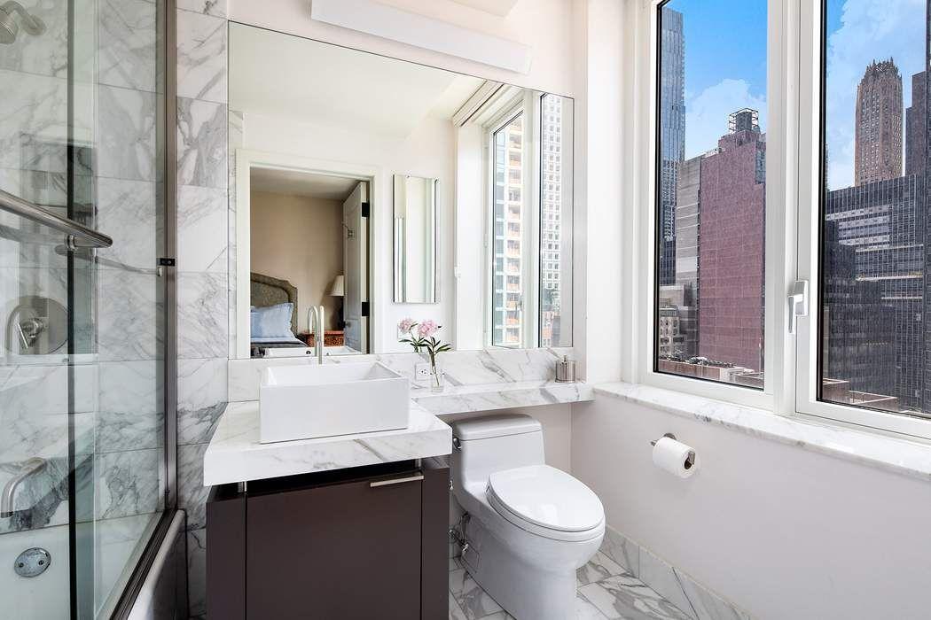 250 East 53rd Street New York, NY 10022