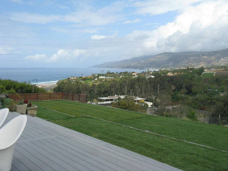 Panoramic Ocean & Mountain Views