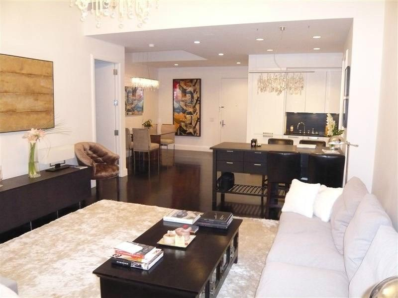 Exclusive 1 BR at River Lofts
