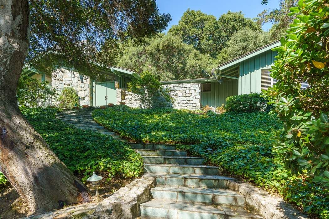 625 Hillside Terrace Pasadena, CA 91105