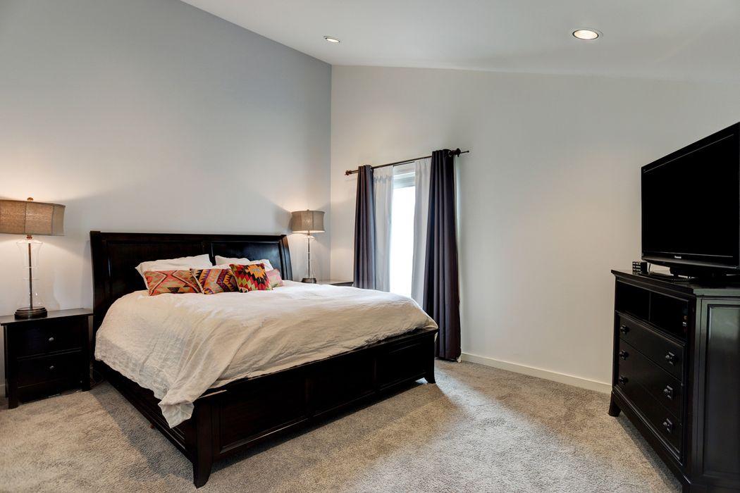 928 Nadine Street Houston, TX 77009