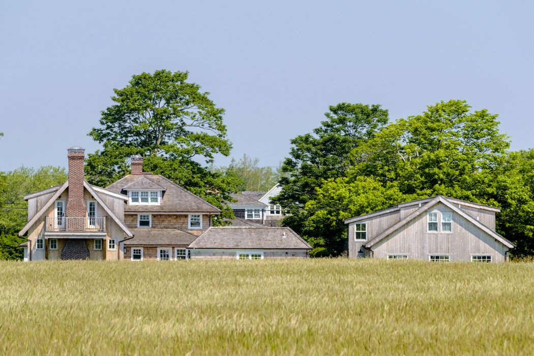 201 Hedges Lane Sagaponack, NY 11962