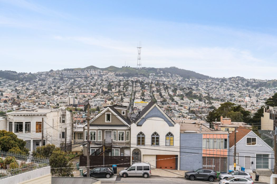 100 Southern Heights Ave San Francisco, CA 94107