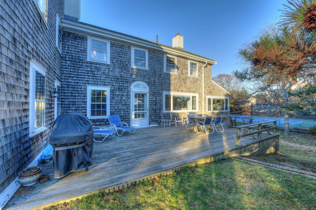 979 Sea View Avenue Osterville, MA 02655