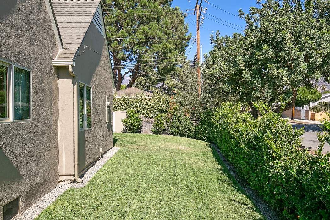 2087 Casa Grande Street Pasadena, CA 91104