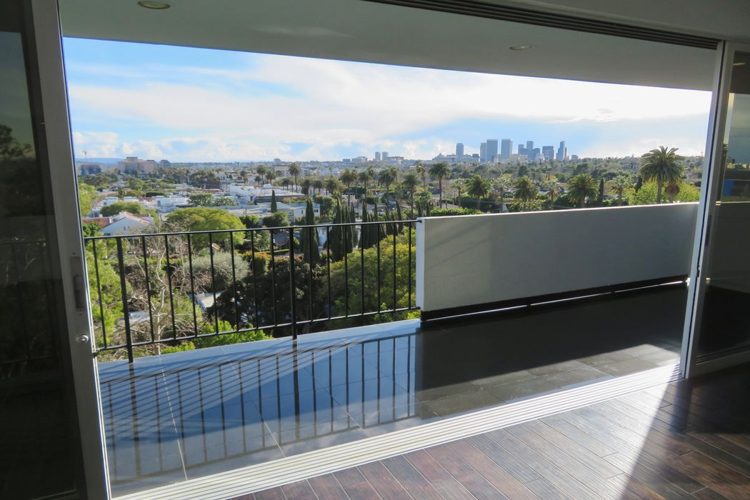 818 North Doheny Drive Unit 708 West Hollywood, CA 90069