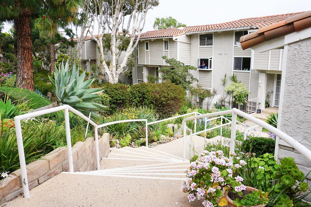 28250 Rey De Copas #10 Malibu, CA 90265
