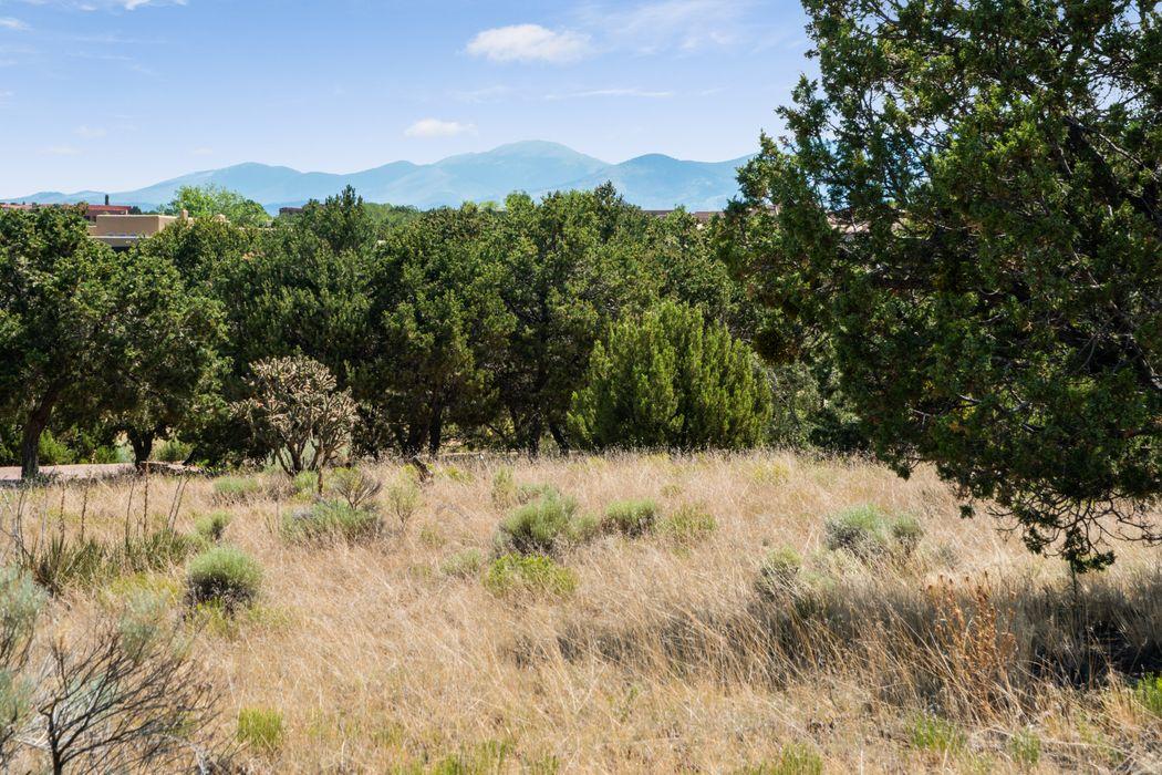 10 Primrose Circle, Lot 73 Santa Fe, NM 87506