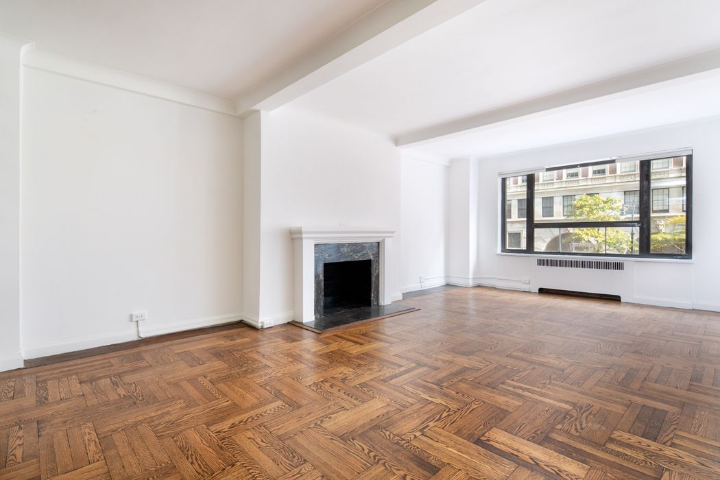 2 Sutton Place South, 2F New York, NY 10022