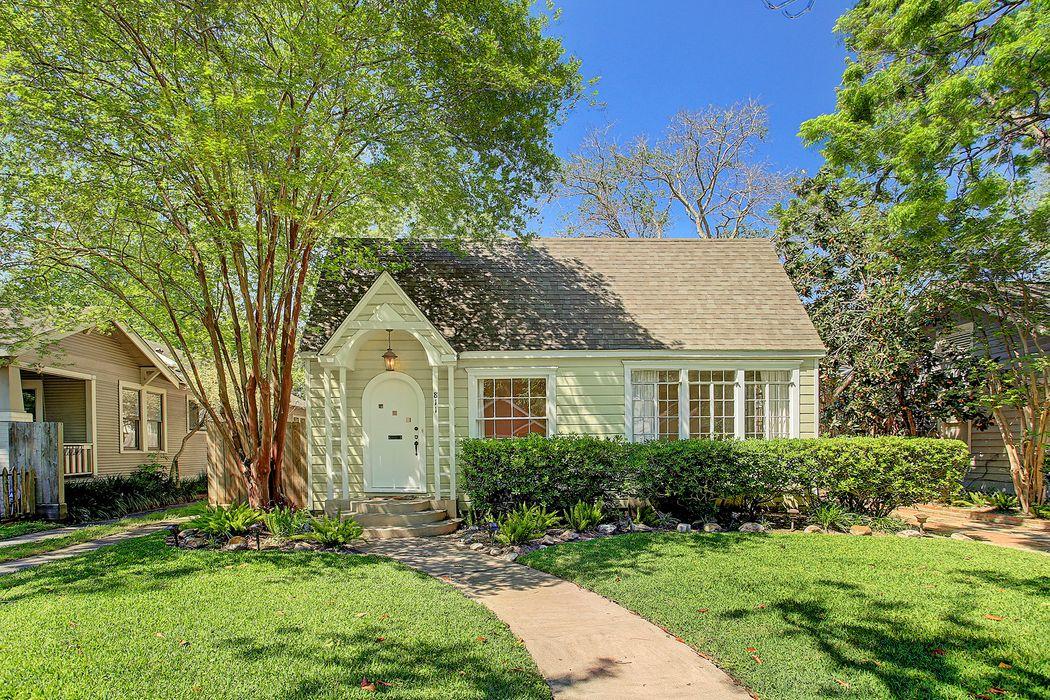 811 Le Green Street Houston, TX 77008