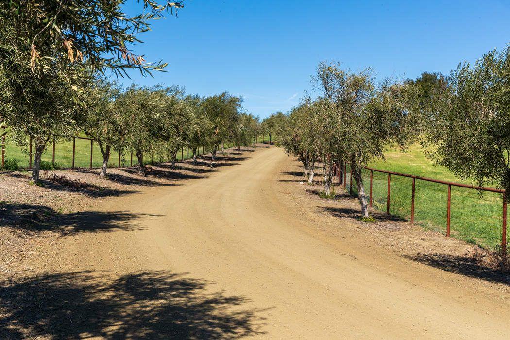 2109 Random Oaks Road Solvang, CA 93463