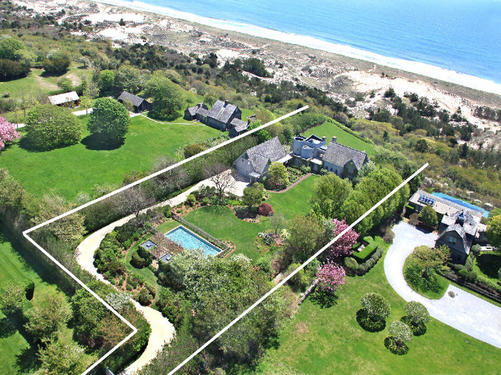 Oceanfront, East Hampton NY Single Family Home - Hamptons Real Estate