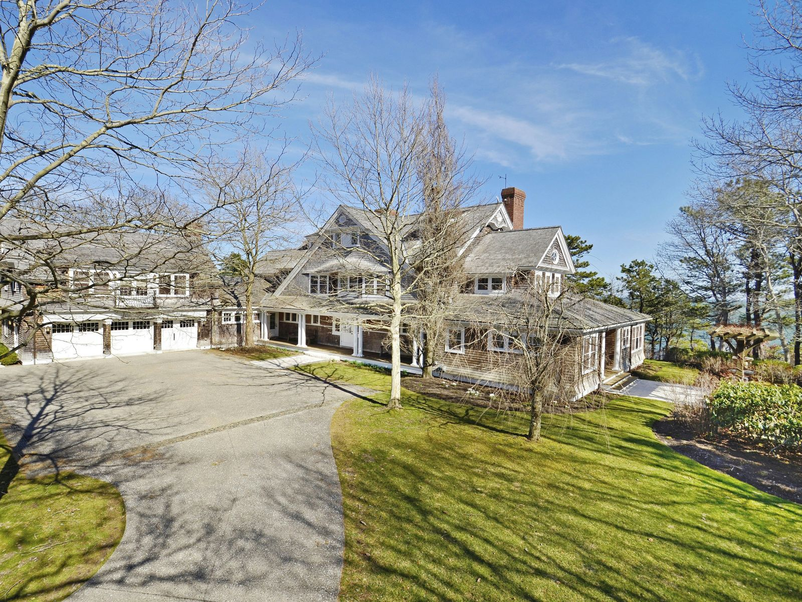 Cotuit Seaside Masterpiece, Cotuit MA Single Family Home - Cape Cod Real Estate