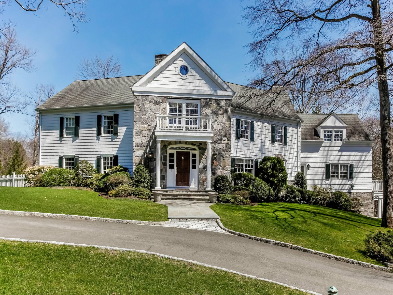Mid-Country Colonial with Pool, Greenwich CT Single Family Home - Greenwich Real Estate