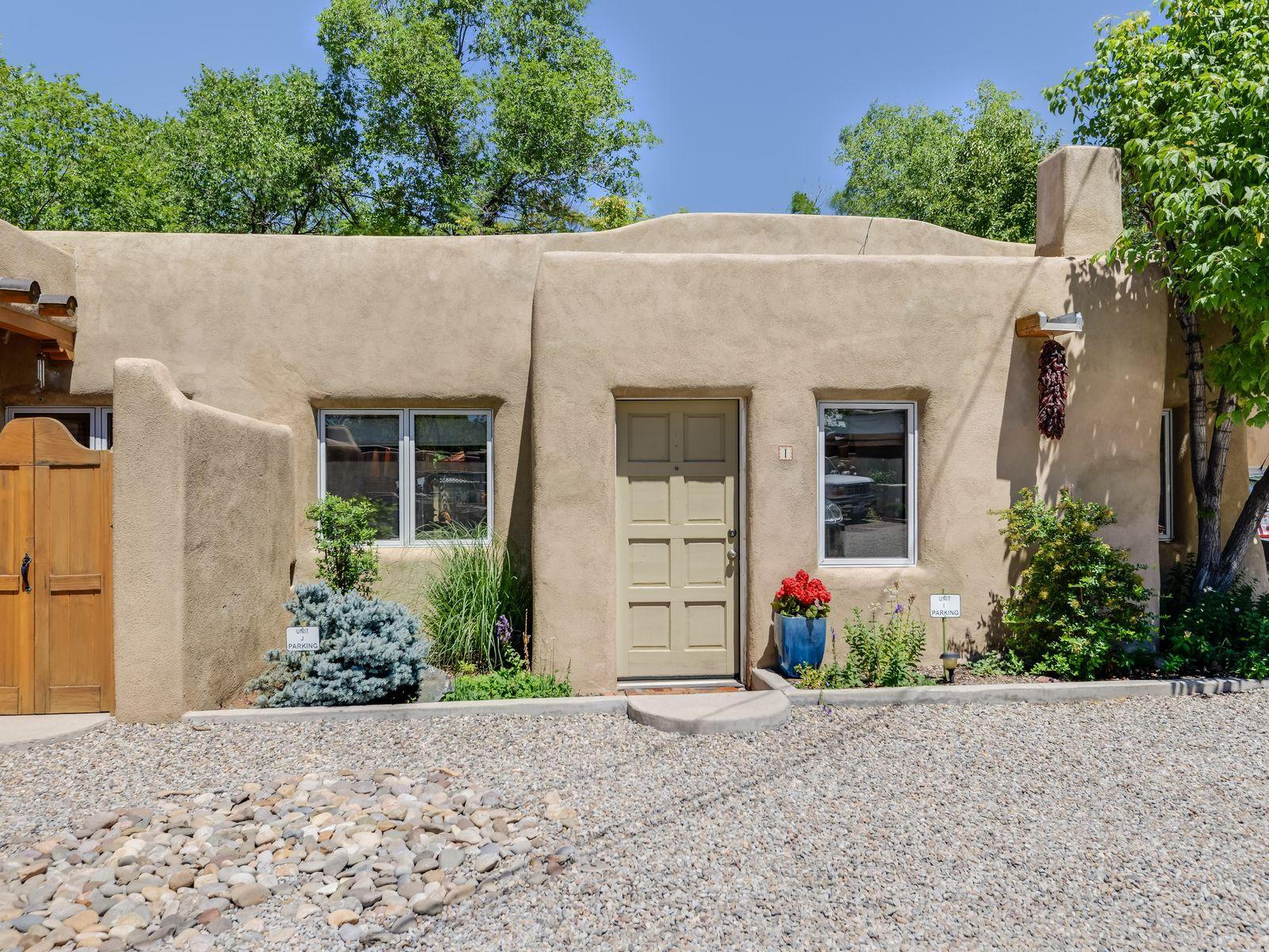 115 W. Santa Fe Avenue, Unit I