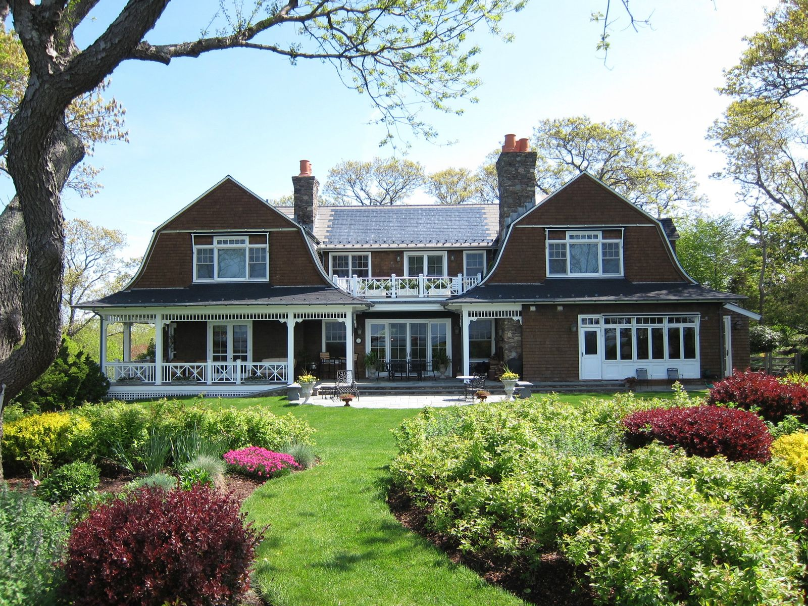 Extraordinary Water Front Home, Sag Harbor NY Single Family Home - Hamptons Real Estate