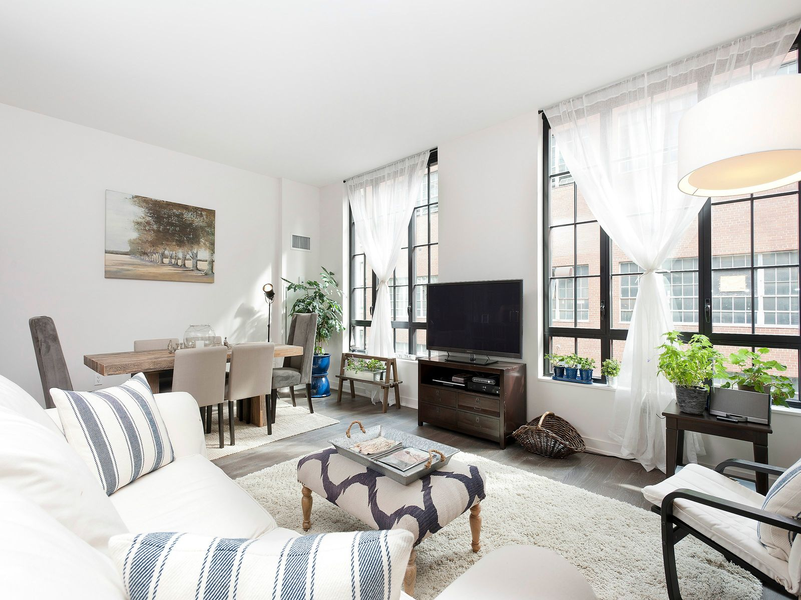Luxury 2 Bed Plus Deeded Parking, Brooklyn NY Condominium - New York City Real Estate