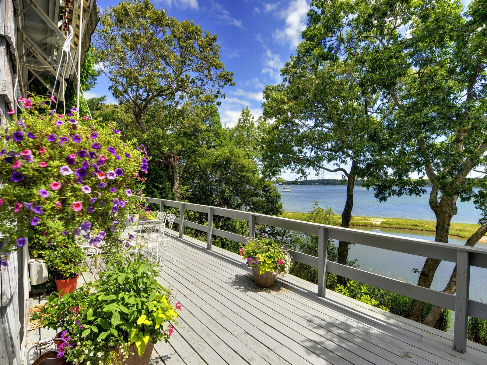 East Hampton Waterfront Elegance