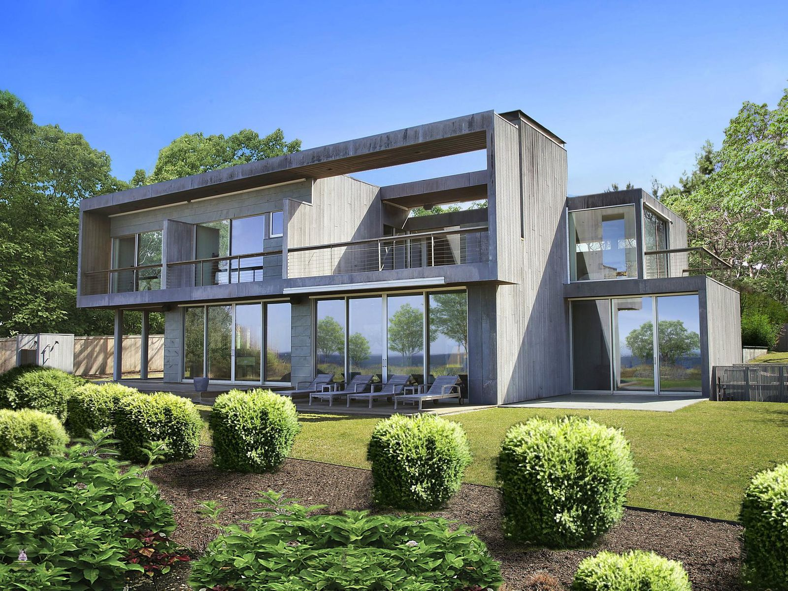 Extraordinary Waterfront, East Hampton NY Single Family Home - Hamptons Real Estate