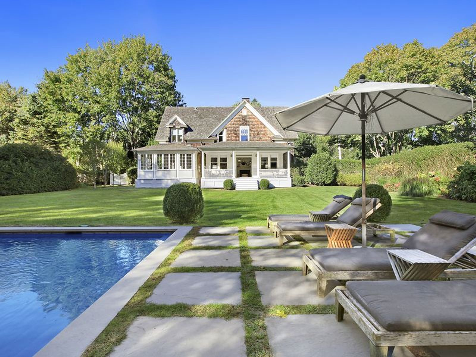 Perfect Village Cottage , East Hampton NY Single Family Home - Hamptons Real Estate