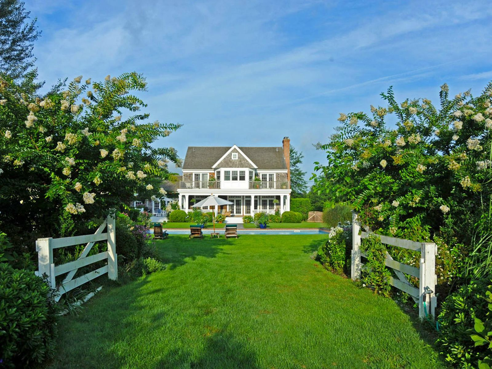 Exceptional Bridgehampton Country Estate