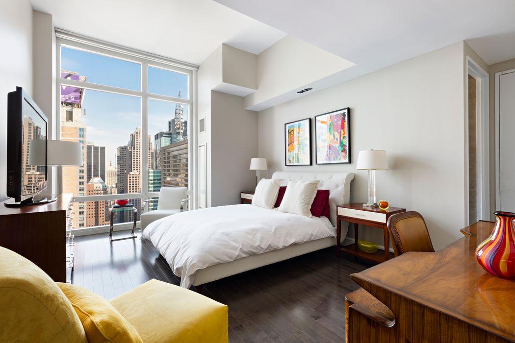247 West 46th Street New York, NY 10036