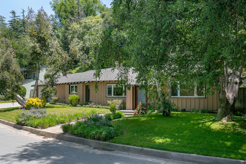1140 Busch Garden Court Pasadena, CA 91105