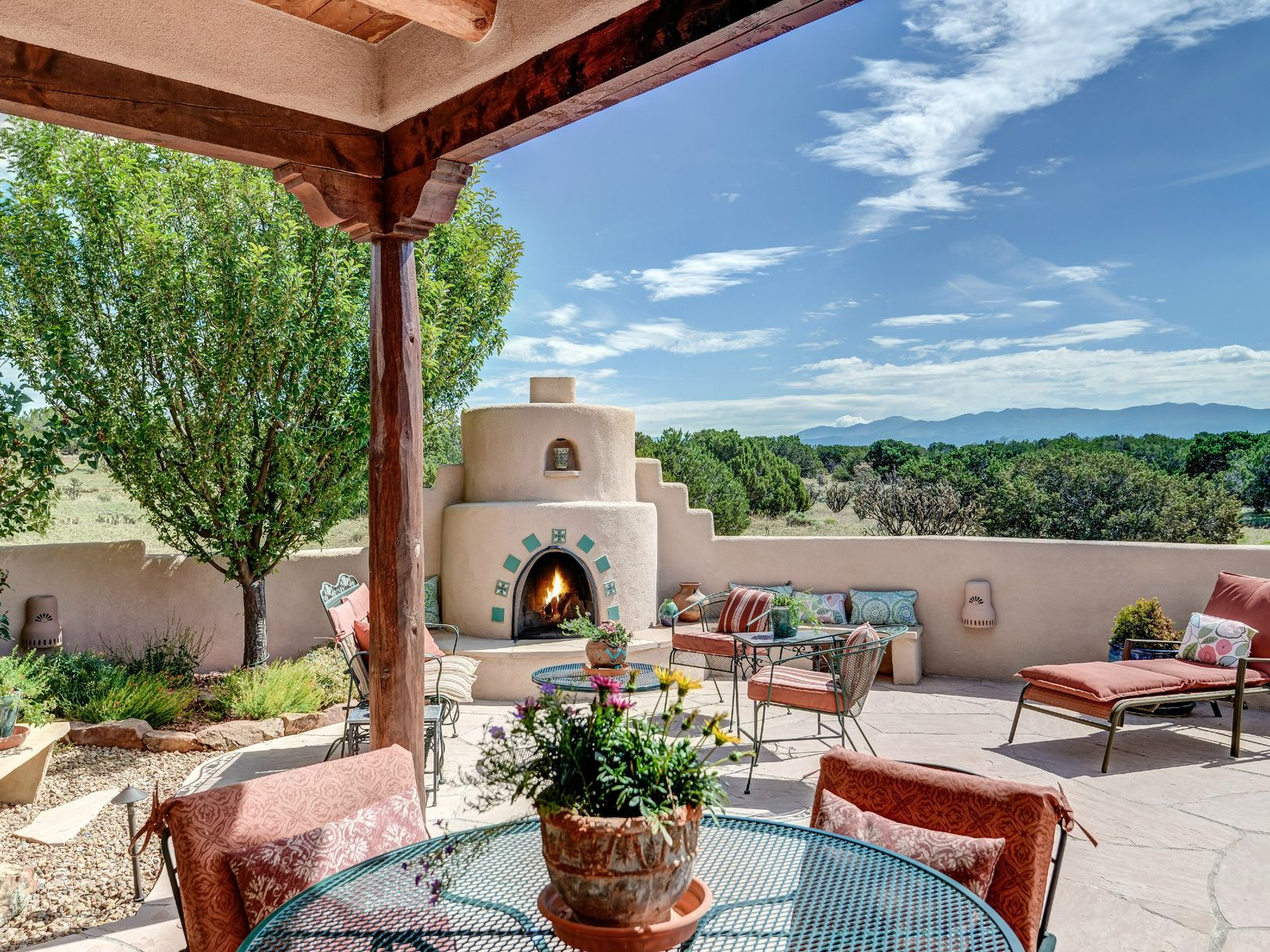 80 Paseo de Estrellas, Santa Fe NM Single Family Home - Santa Fe Real Estate