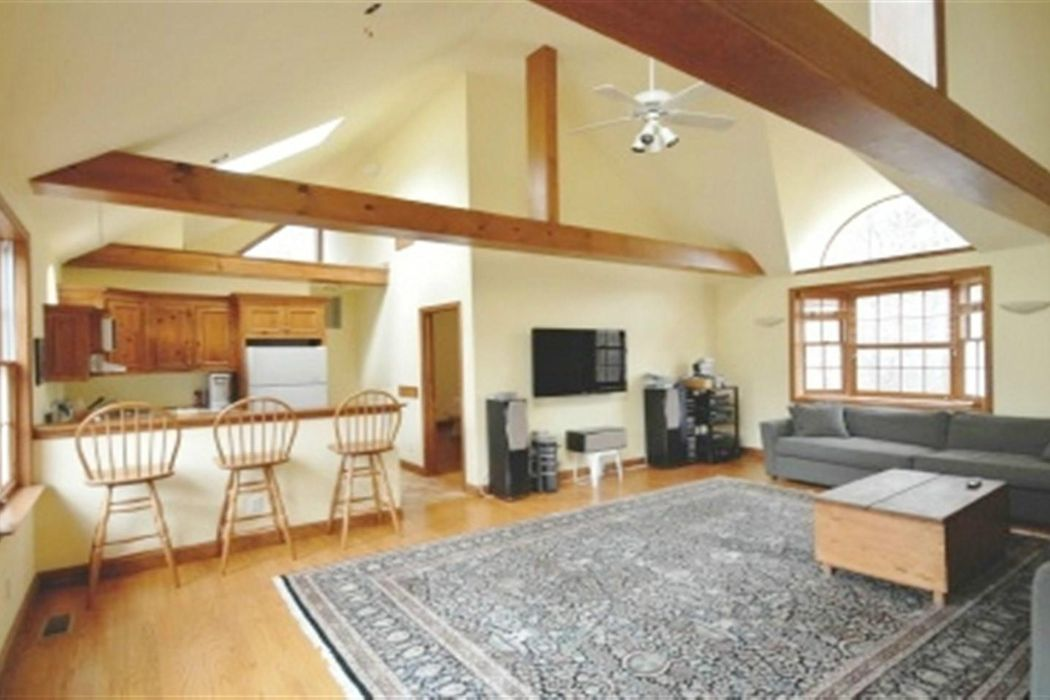 Spacious & Private Water Mill Home Water Mill, NY 11976