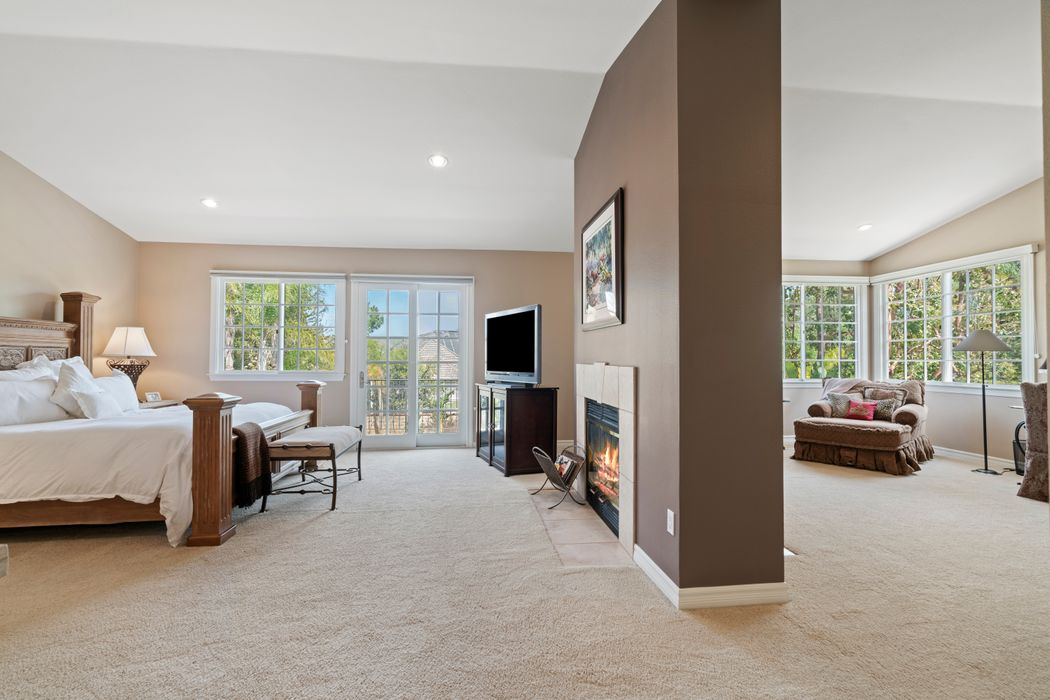 6144 Grey Rock Road Agoura Hills, CA 91301