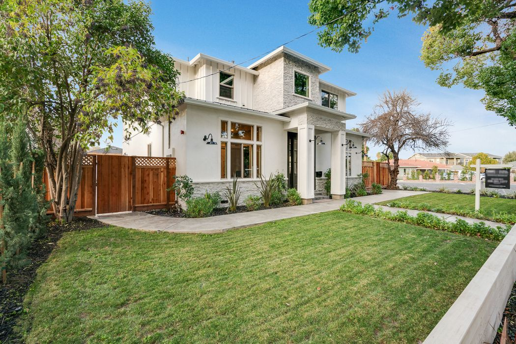 805 Willow Glen Way San Jose, CA 95125