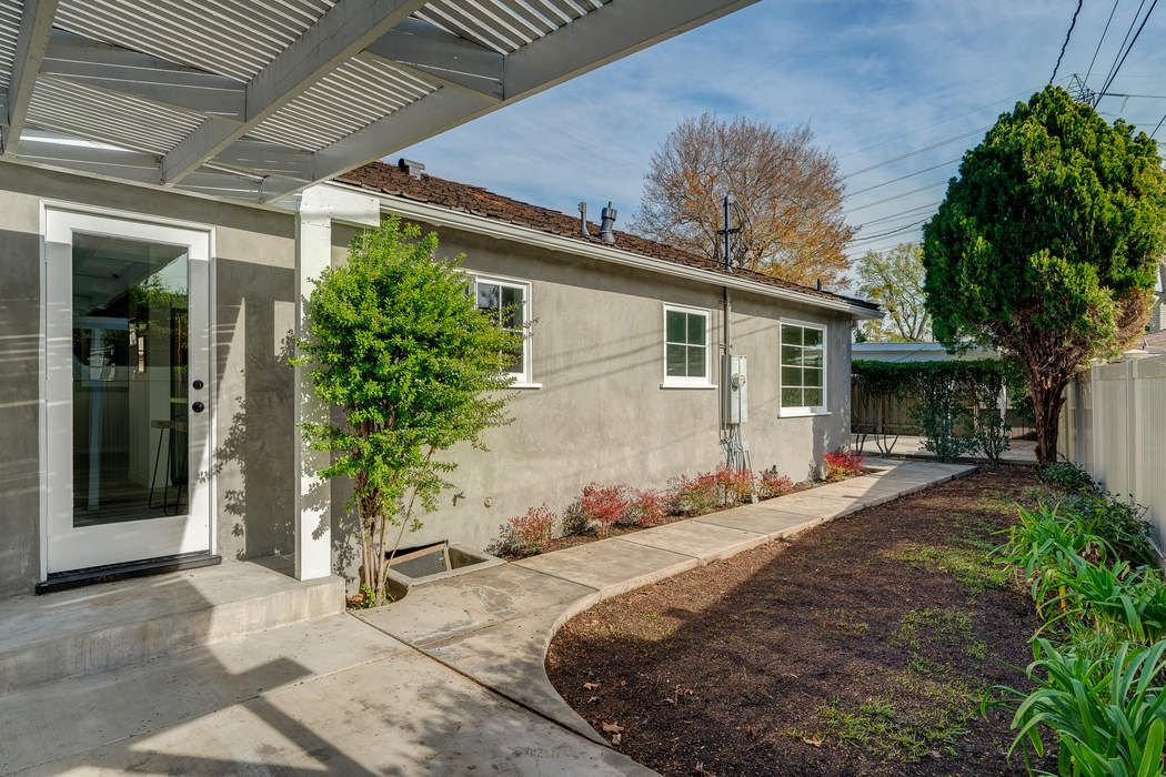 3248 George Circle Pasadena, CA 91107