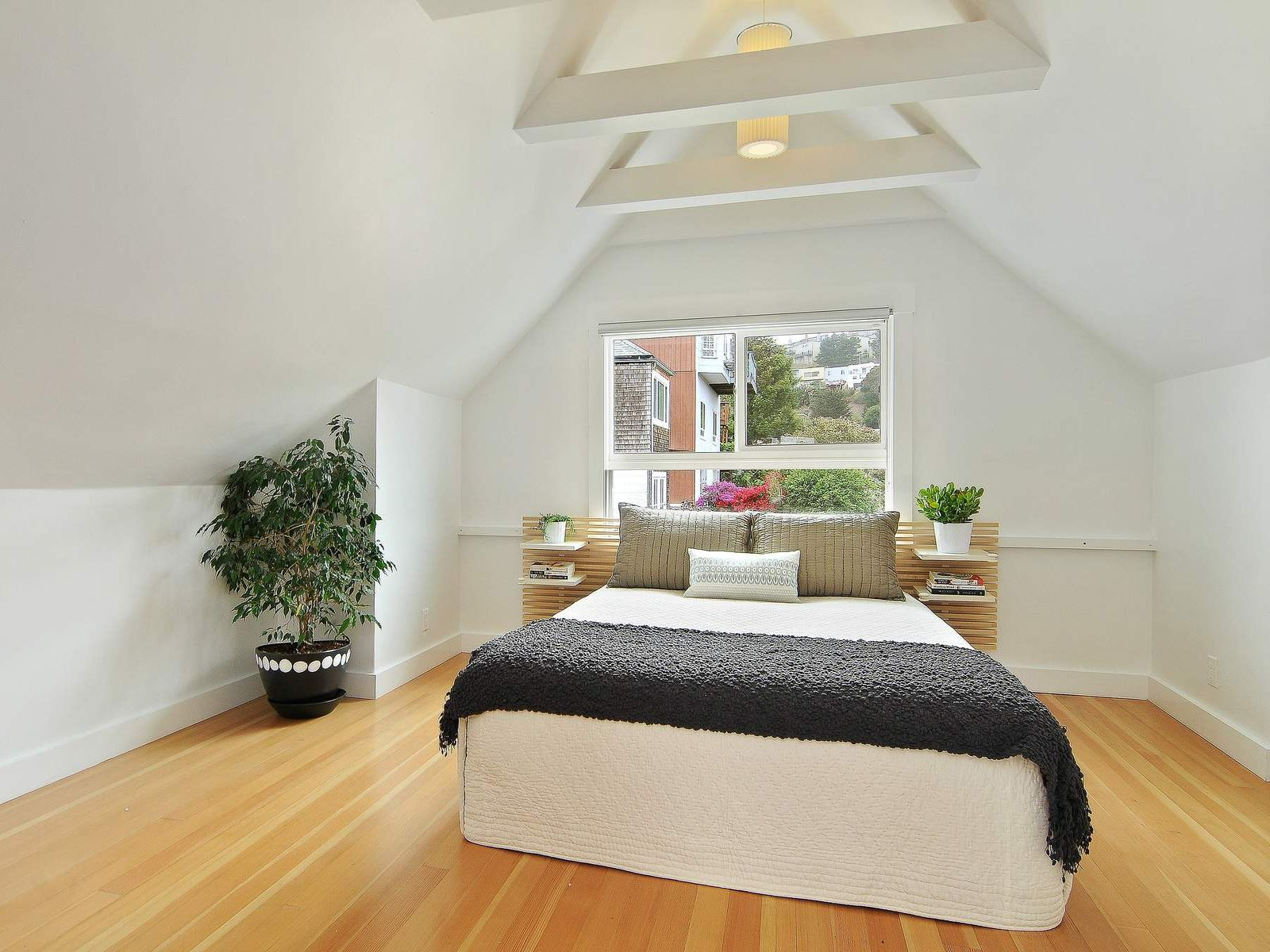 Bright Charming Glen Park Home