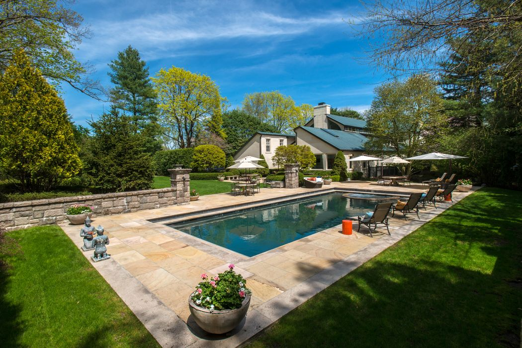 80 Midwood Road Greenwich, CT 06830