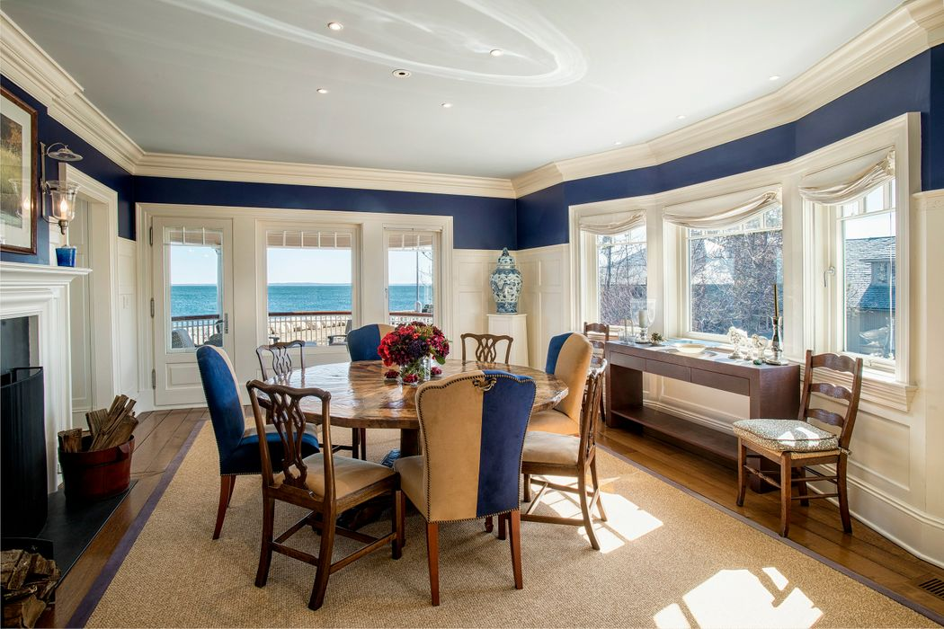 25 East Point Lane Old Greenwich, CT 06870